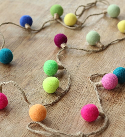 Felt Light Bulb Garland