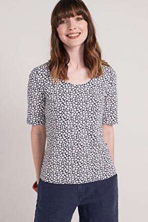 Basic Organic Cotton Womens T-Shirt, Silhouette Top - Seasalt