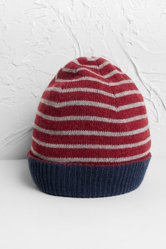 Soft, Cosy Reversible Hat. In Merino & Cashmere Blend - Seasalt