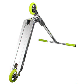Blazer Pro x UrbanArtt Custom Scooter - Chrome/Green