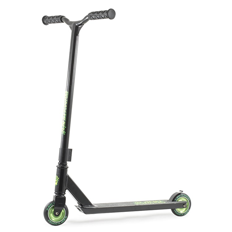 B-Stock Slamm Stark Stunt Scooter - Black/Green (Cosmetic Damage)
