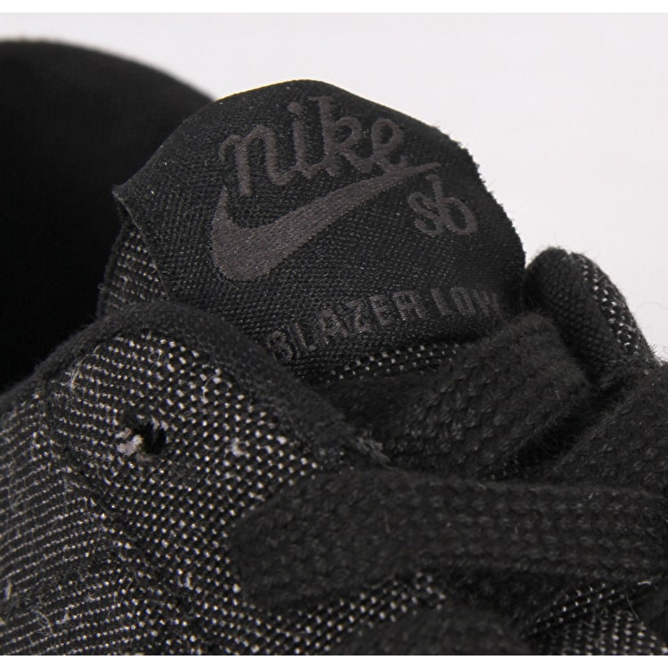 Nike SB Zoom Blazer Low Canvas Deconstructed Skate Shoes - Black/Black/Anthracite